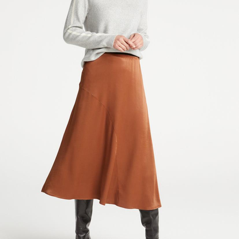 a_line_skirt_model_2