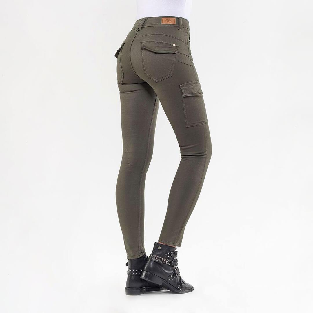 Khaki-Trousers1