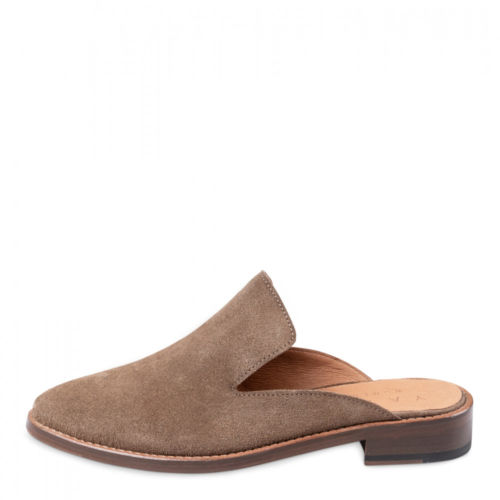 leather-slip-on-loafers (4)