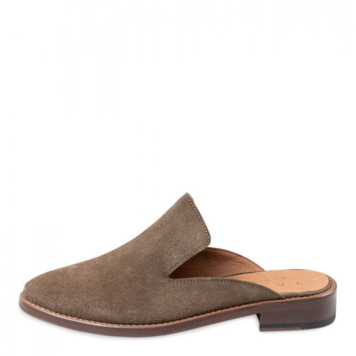 leather-slip-on-loafers (5)